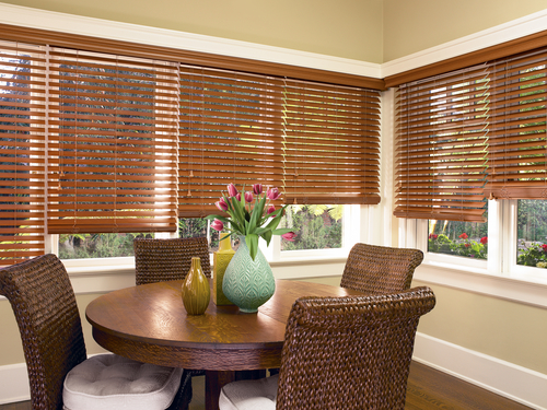 Horizontal Blinds- Alt wood LR